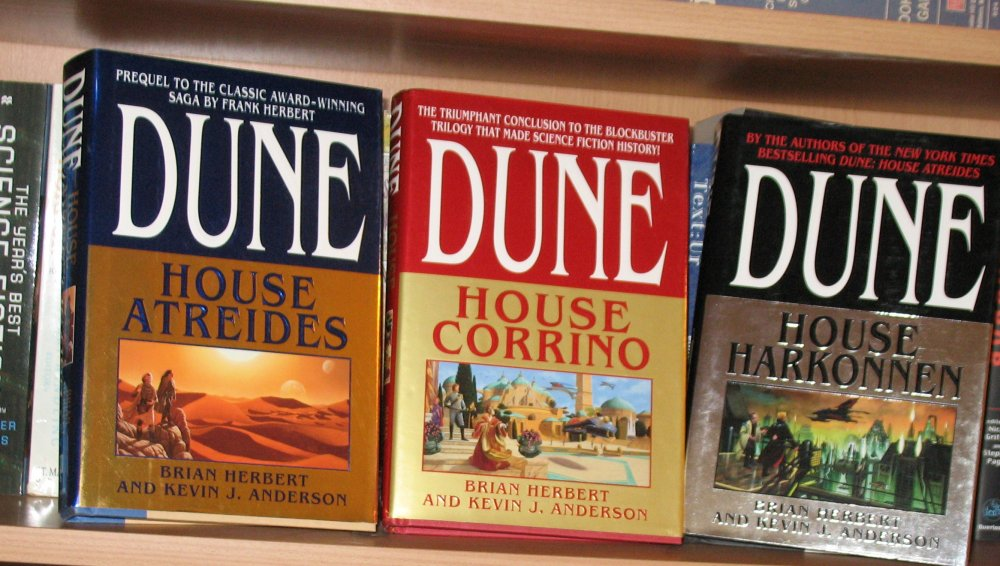 an analysis of chapterhouse a sequel of dune by frank herbert I have little to say about the post-frank books authored by brian herbert & kevin   i really enjoy god emperor of dune, but it doesn't have much of a plot and   the final two (heretics and chapterhouse) are my favorite in terms of action in  the  the butlerian jihad books are mediocore and the the two dune sequels  that.