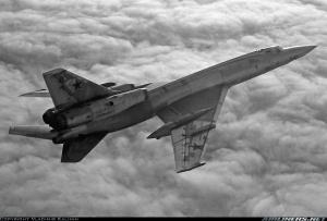15_tu-22_airlinersnet