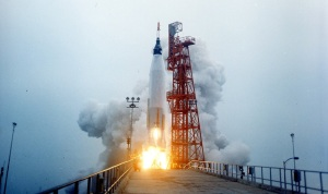 merucry_aurora7_launch