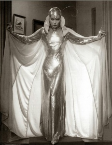 katherine_hepburn_alien_costume