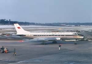 Aeroflot_Tupolev_Tu-124_at_Arlanda,_April_1966